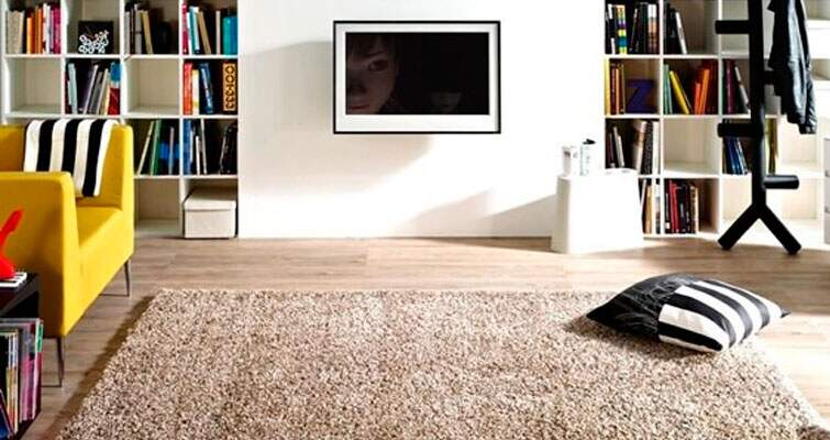 Aprenda a escolher o tapete ideal para harmonizar com seu piso laminado. ce61788782