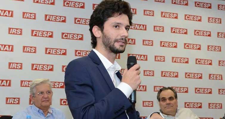 ABRAPE apresenta Maurício de Queiroz como seu novo presidente